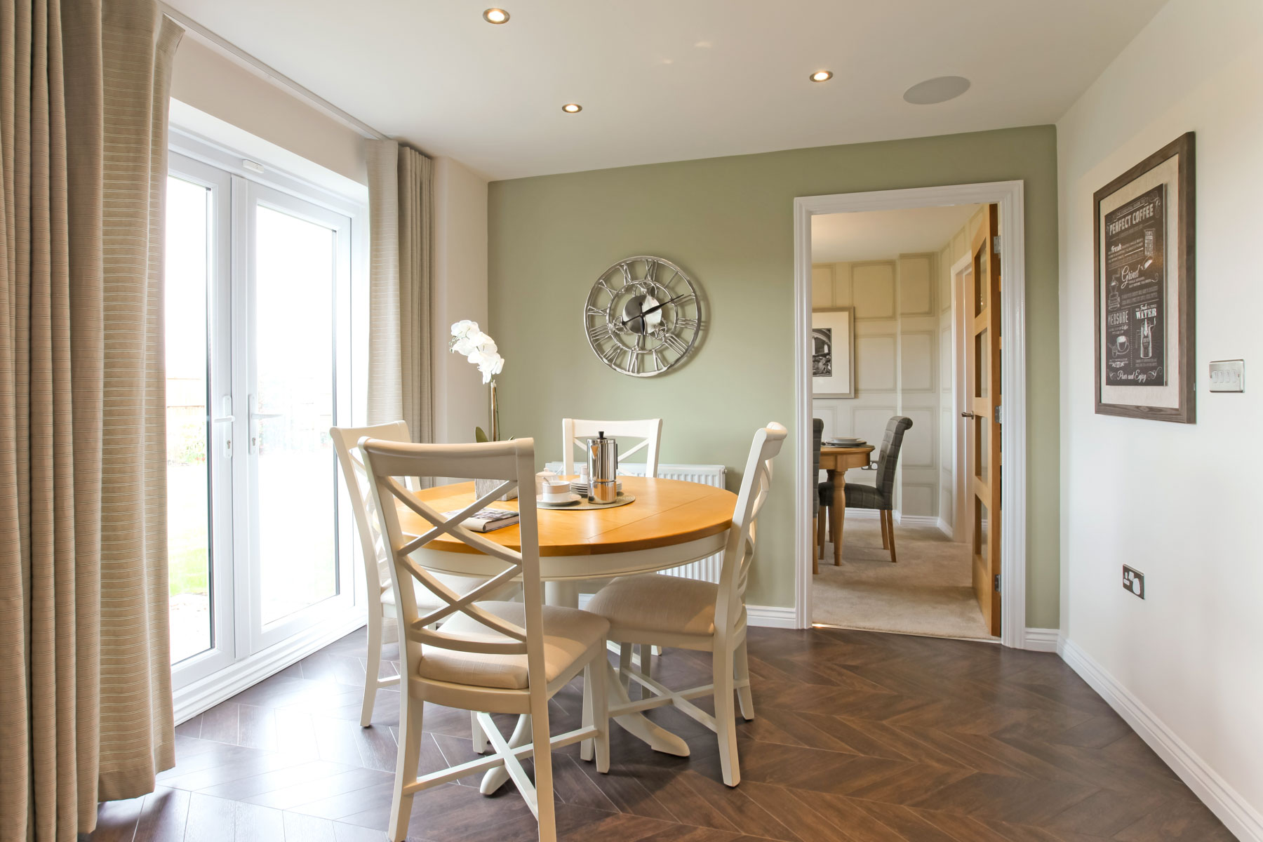 Eynsham_Dining_Area